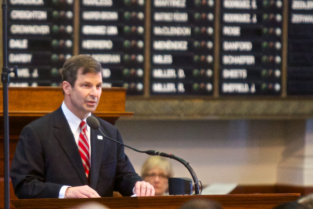 State Rep. David Simpson speaks to the Texas House.