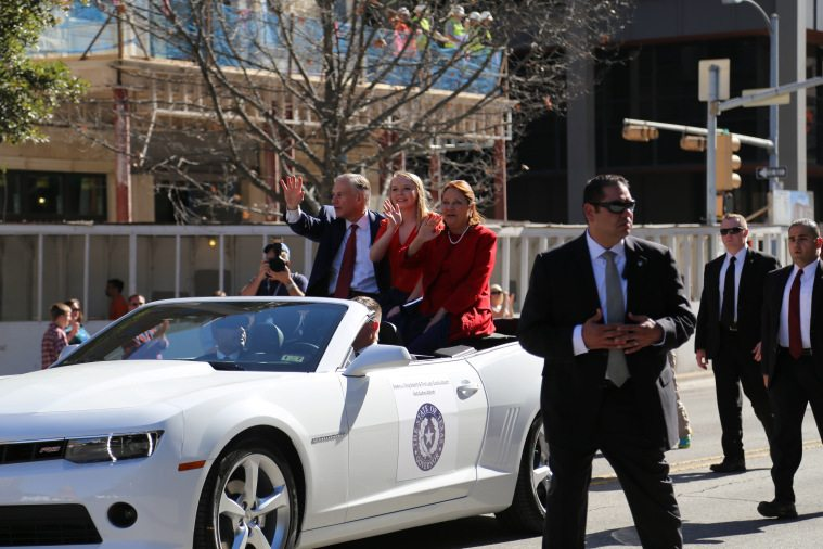 Greg Abbott in the inaugural parade, the first since 2003.