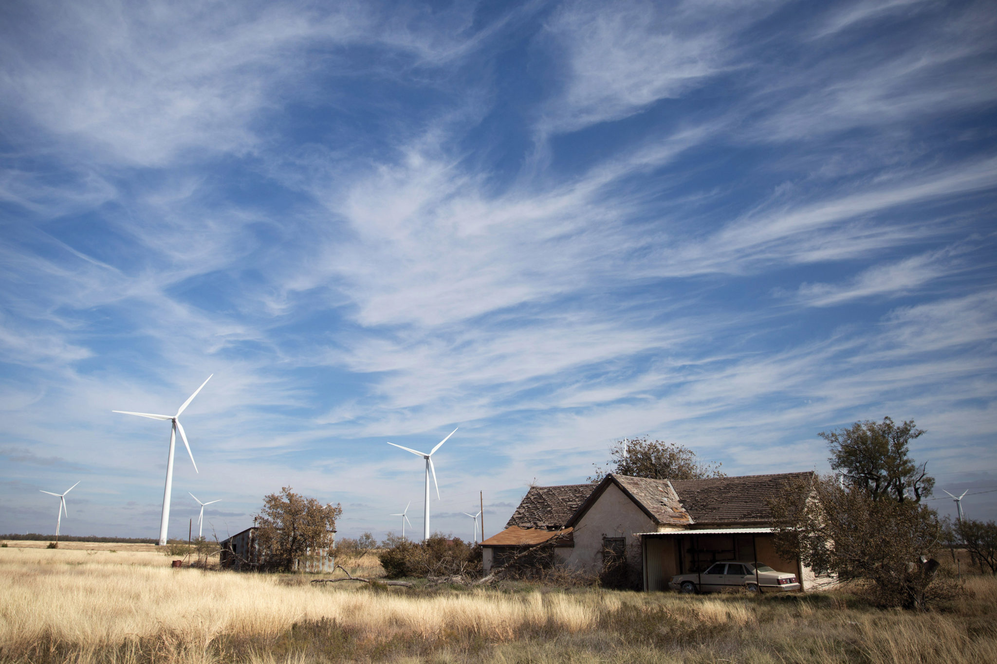 gabriel c perez eye on texas wind turbines in nolan county