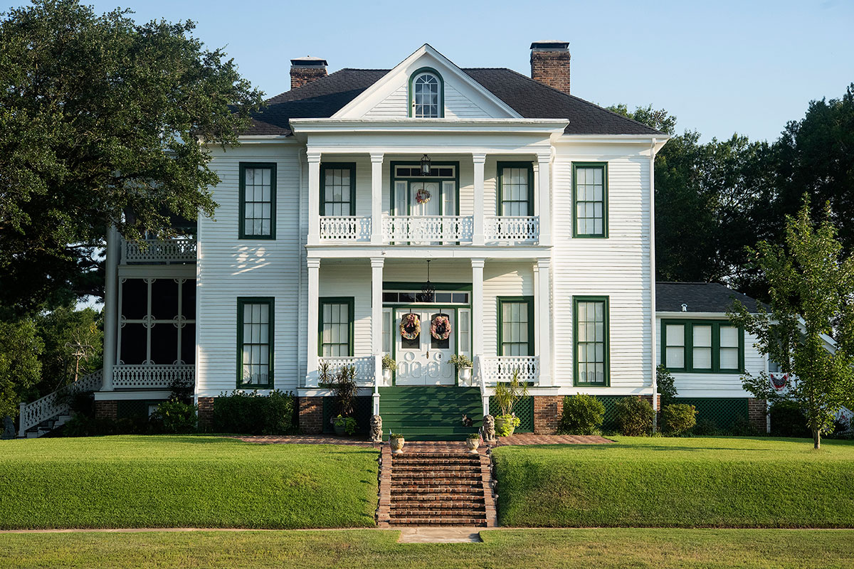 The Schluter House in Jefferson, Texas is rumored to be haunted.