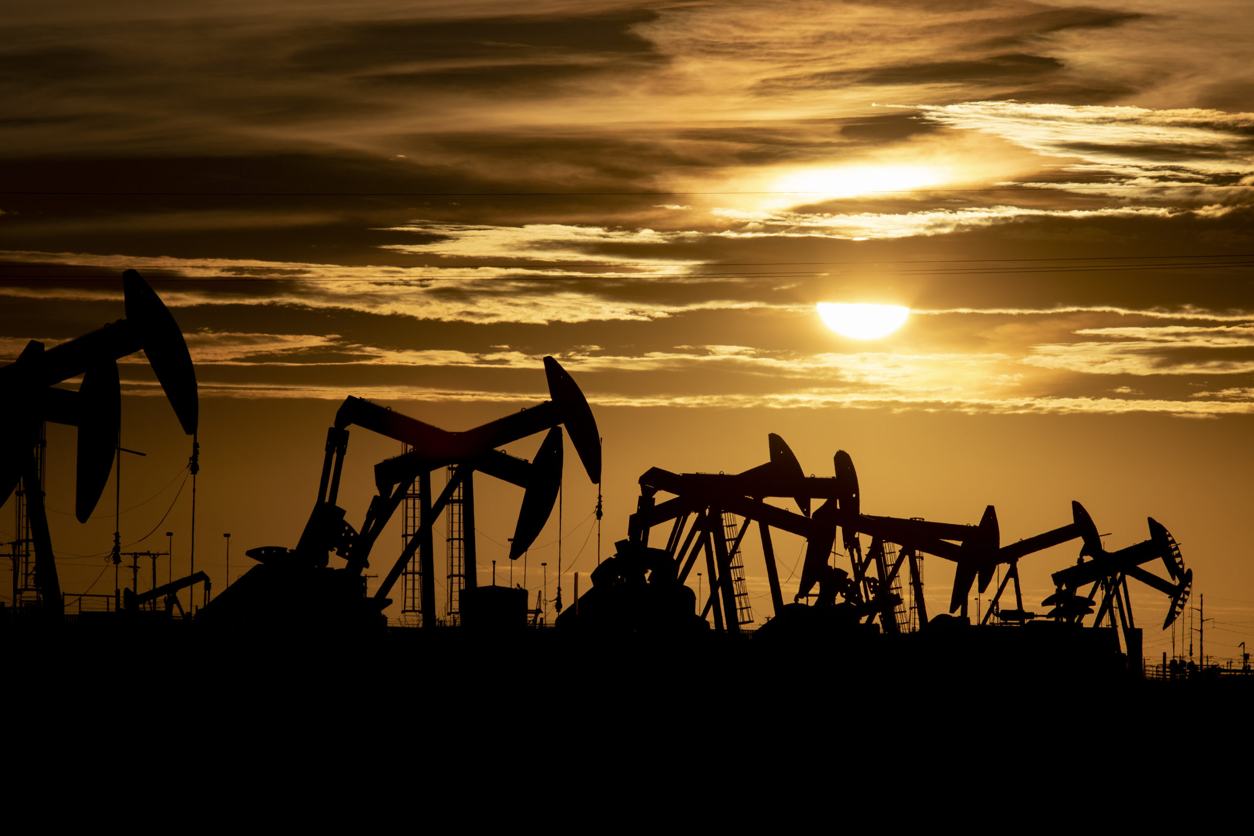Dying Oil Companies' Parting Gift: Millions in Clean Up Costs